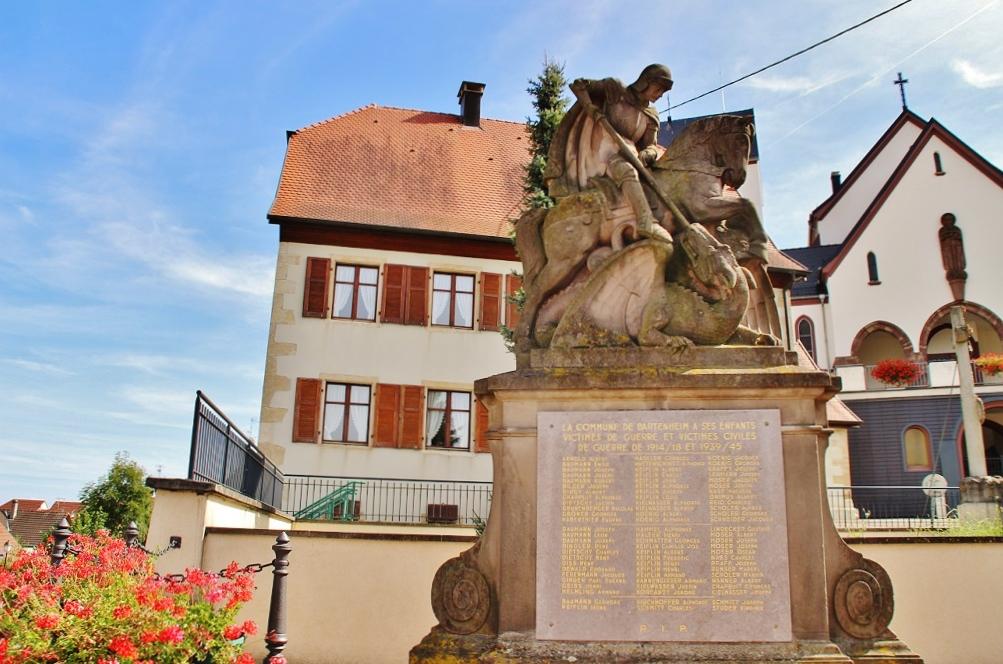 Photo à Bartenheim (68870) : Monument-aux-Morts - Bartenheim, 319073 ...
