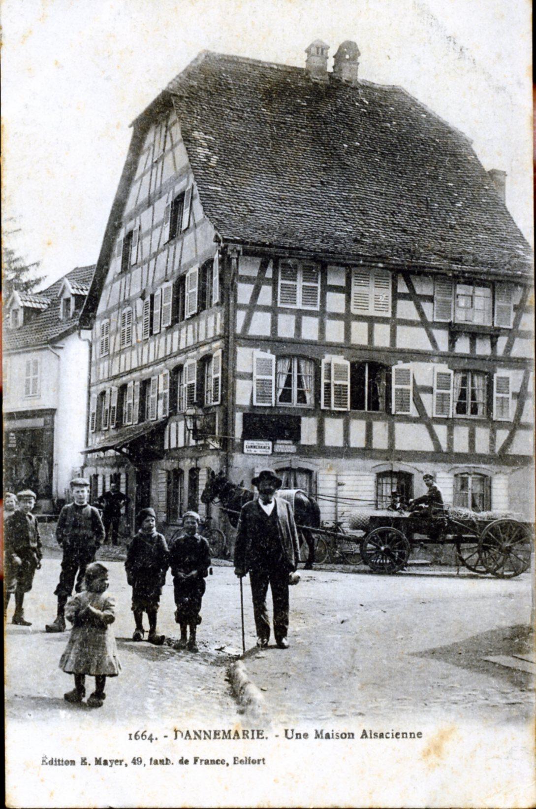 Photo dannemarie 68210 une maison alsacienne vers for Photos maisons anciennes