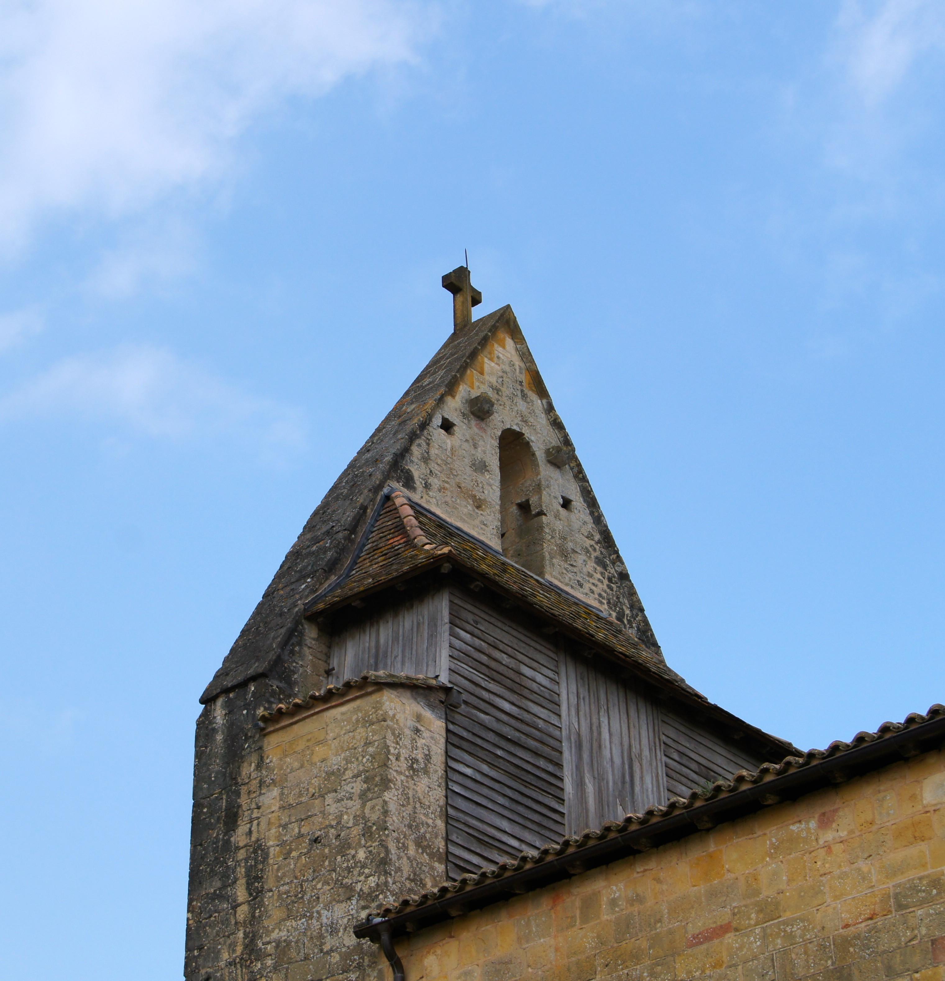 photo sainte croix 24440 arri re du clocher mur de l. Black Bedroom Furniture Sets. Home Design Ideas