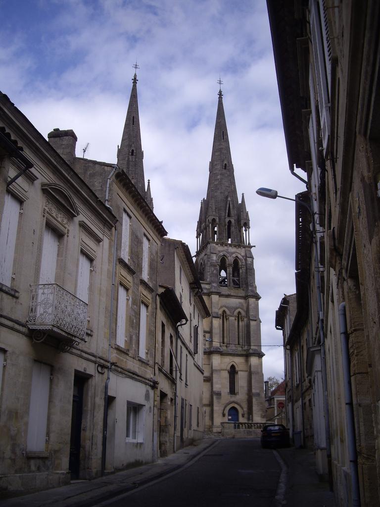 Photo branne 33420 l 39 glise st etienne de style n o for Architecture neo gothique