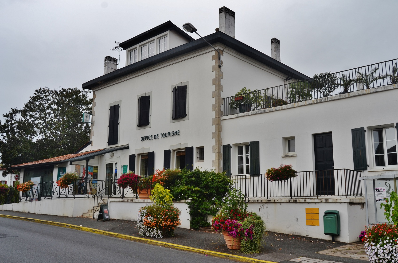 Photo cambo les bains 64250 office de tourisme - Office du tourisme de cambo les bains ...