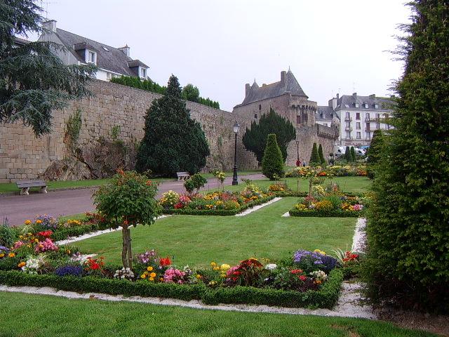 Hennebont France  city photos : ETYMOLOGIE et HISTOIRE de HENNEBONT