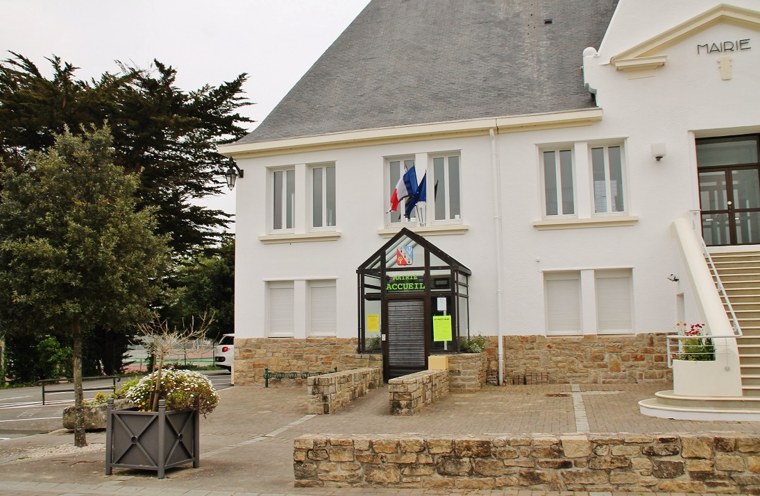 Photo saint gildas de rhuys 56730 la mairie saint - Office du tourisme st gildas de rhuys ...