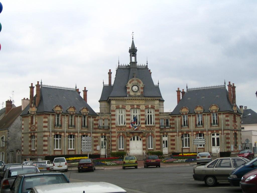 Photo auneau 28700 mairie auneau 84 for 28700 auneau