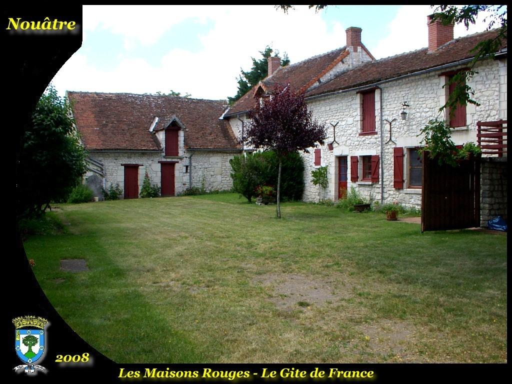Photo nou tre 37800 les maisons rouges g tes de for Les maisons en france