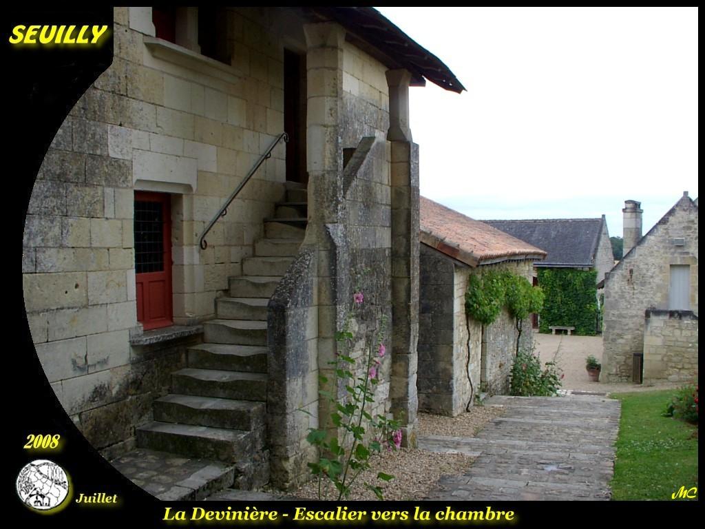 Photo seuilly 37500 la devini re escalier vers la - Chambre d agriculture indre et loire ...