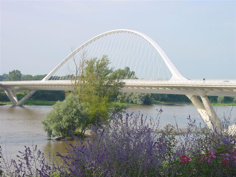 photo saint jean de la ruelle 45140 le pont de l 39 europe saint jean de la ruelle 4544. Black Bedroom Furniture Sets. Home Design Ideas