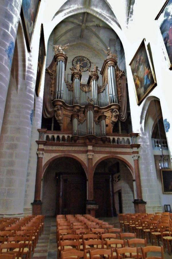photo dole 39100 grand orgue de la coll giale. Black Bedroom Furniture Sets. Home Design Ideas