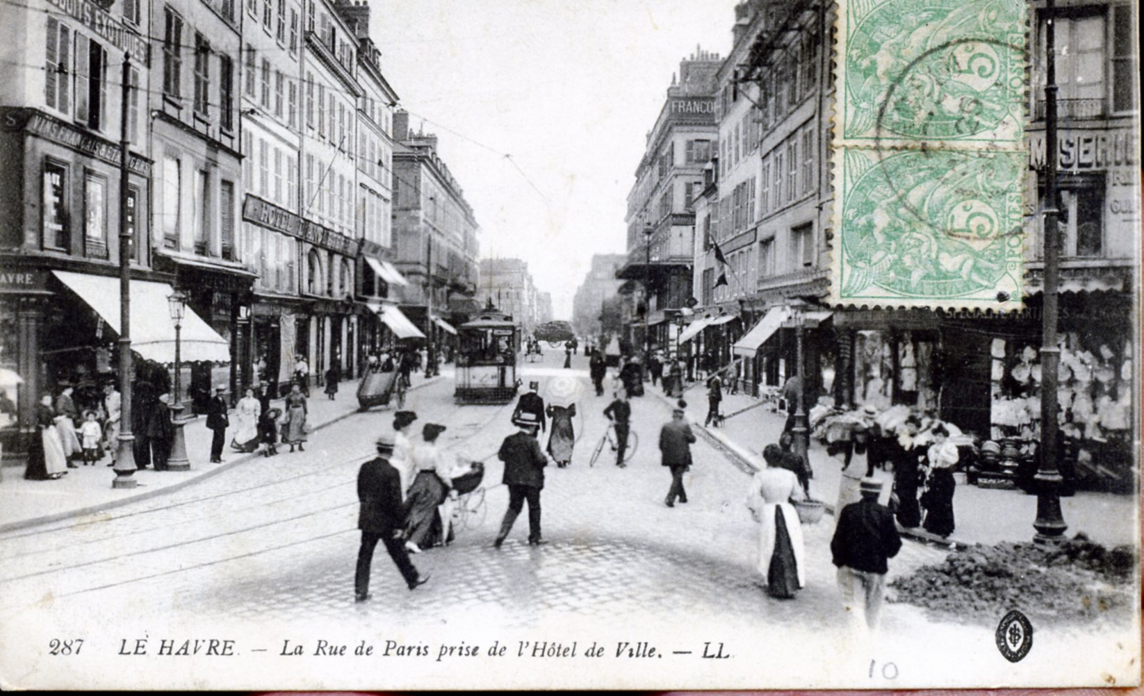 photo le havre 76600 la rue de paris prise de l 39 h tel de ville vers 1905 carte postale. Black Bedroom Furniture Sets. Home Design Ideas