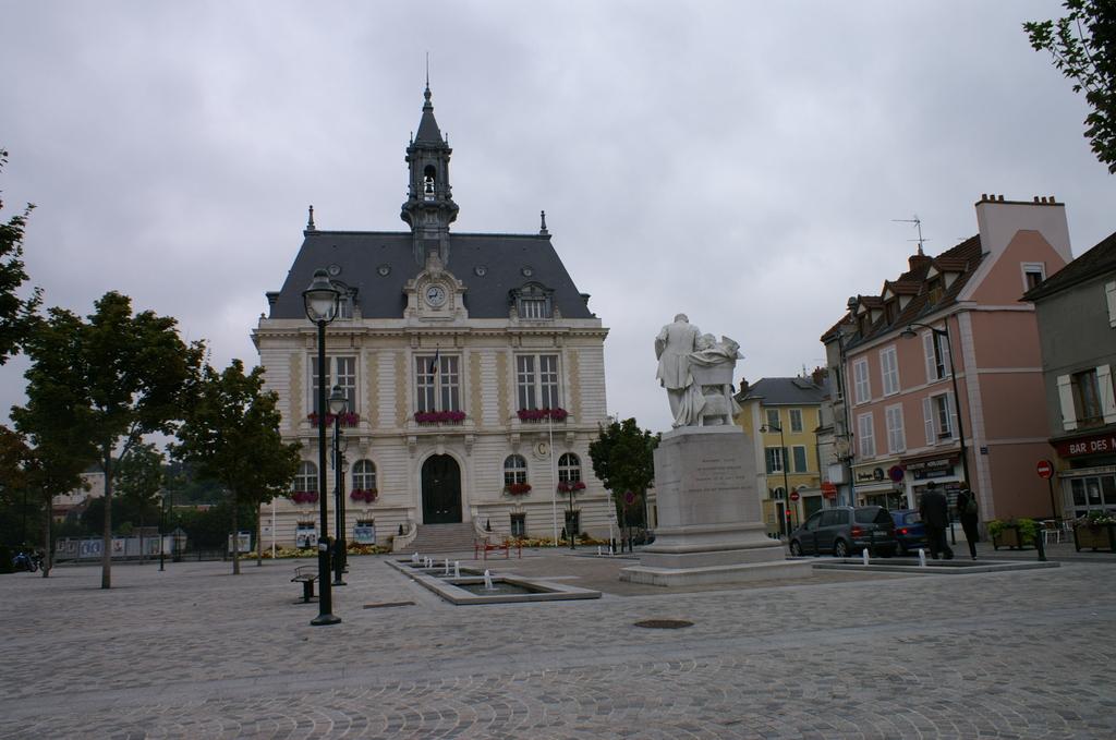 Hotel De Ville De Corbeil Essonnes
