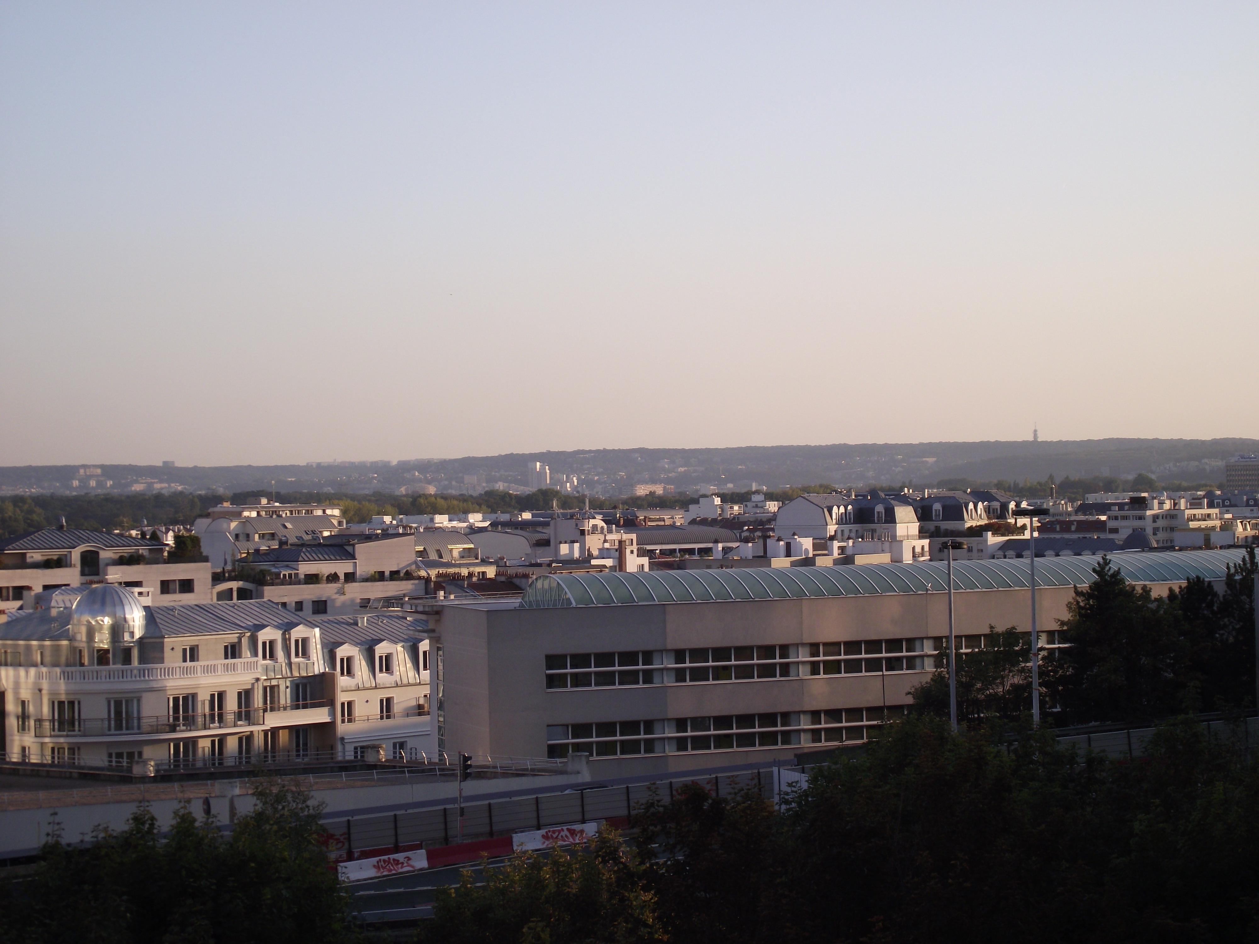Photo puteaux 92800 une vue de la r gion prise de la for Piscine ile de puteaux
