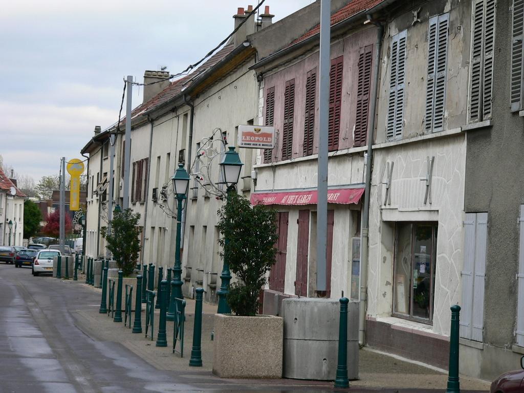 Photo garges l s gonesse 95140 rue marcel bourgogne - Meteo garges les gonesse ...