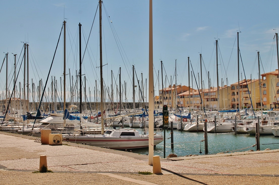 Photo leucate 11370 le port leucate 335246 - Cinema port leucate 11370 ...
