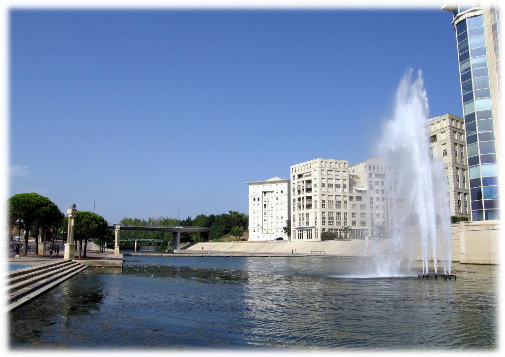 Photo montpellier 34000 le lez quartier antigone for Montpellier 34000