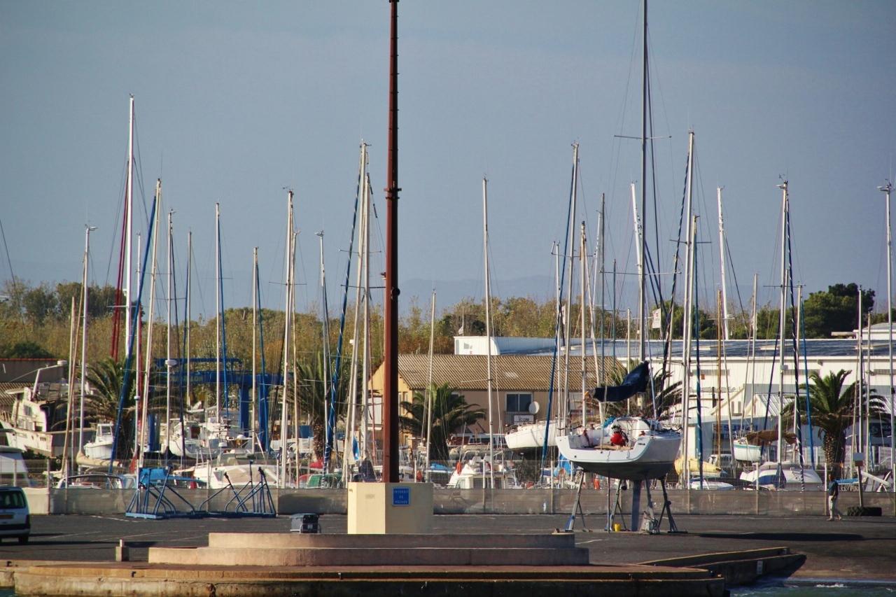 Photo canet en roussillon 66140 port de canet - Office du tourisme de canet en roussillon 66140 ...