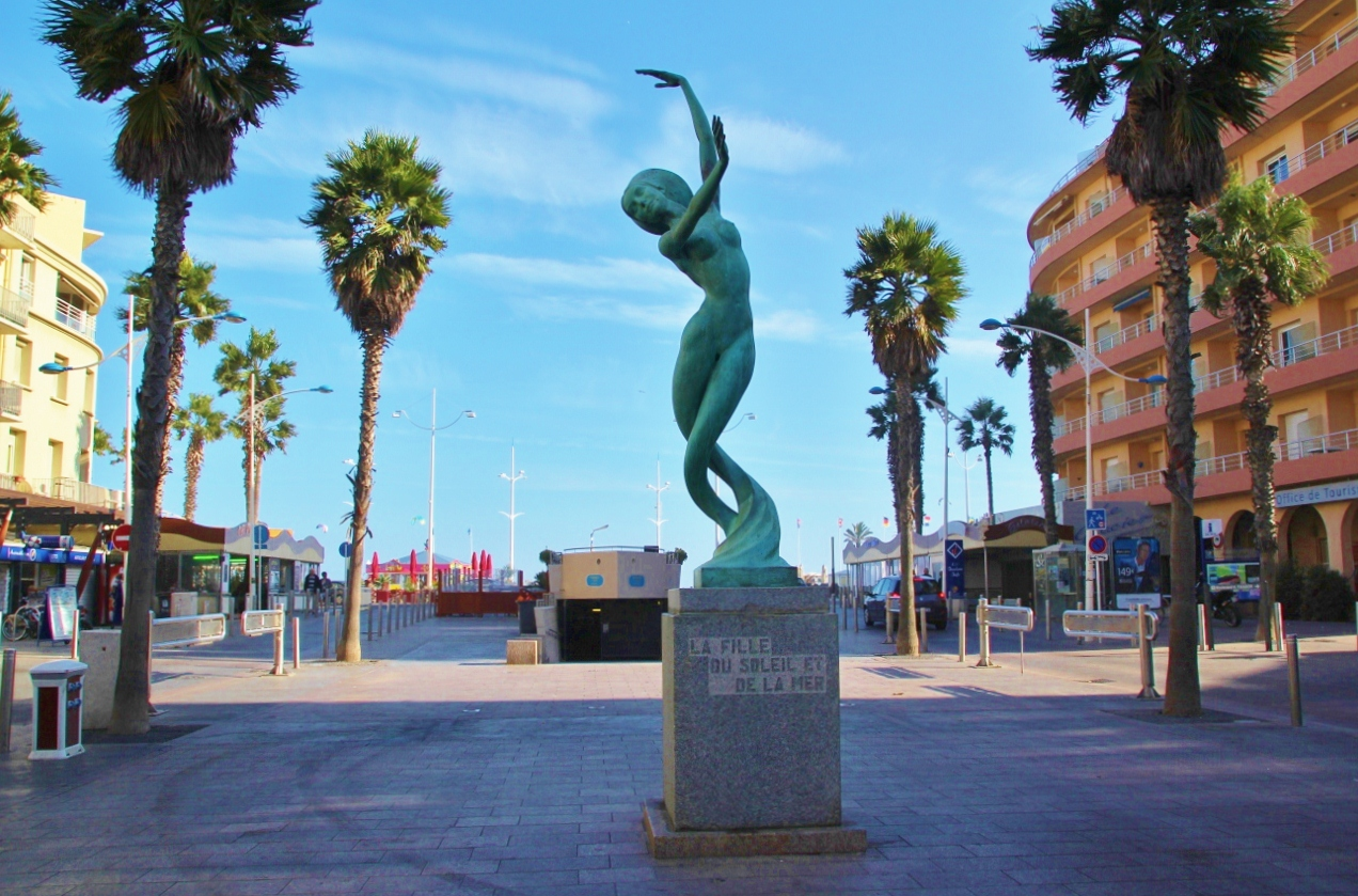 Photo canet en roussillon 66140 statue de la mer - Office du tourisme de canet en roussillon 66140 ...