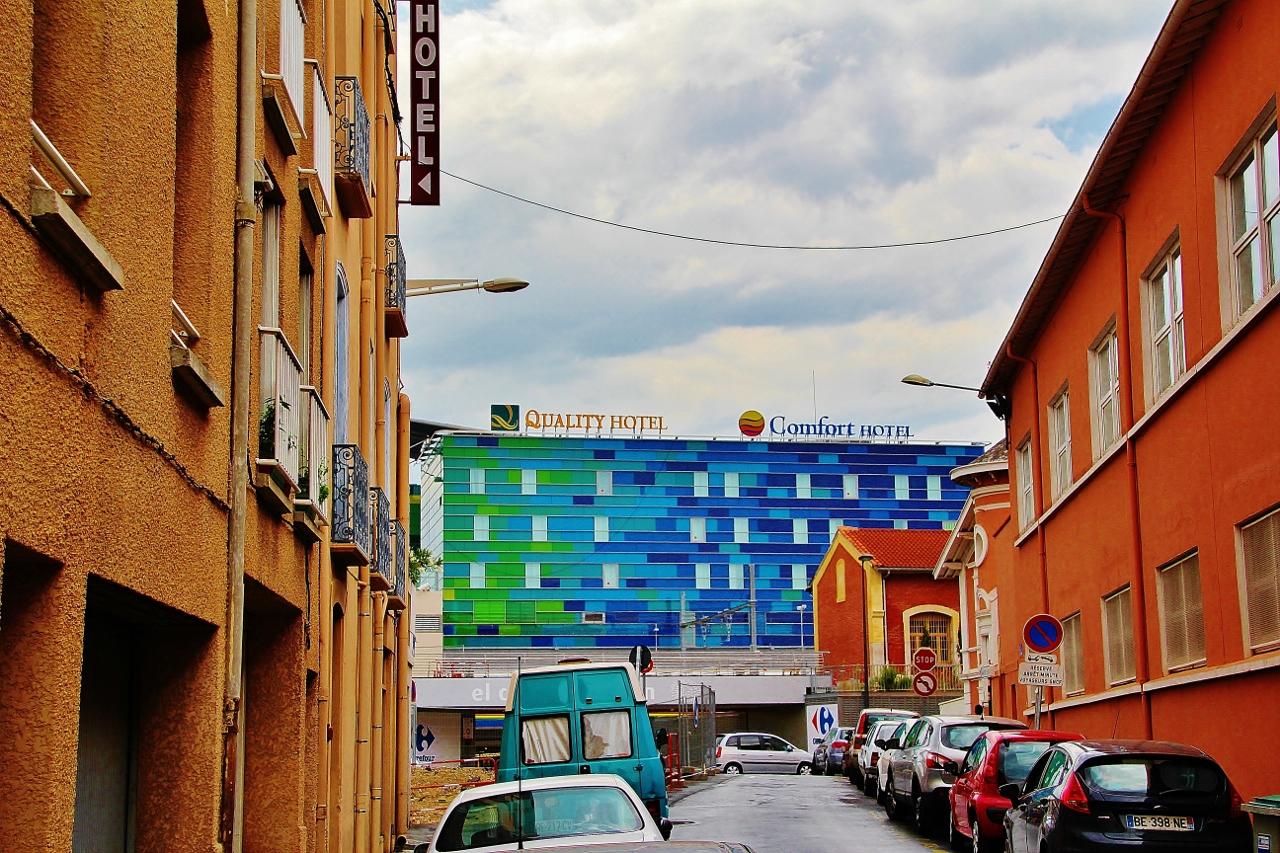 photo perpignan 66000 gare de perpignan hotel 94121. Black Bedroom Furniture Sets. Home Design Ideas