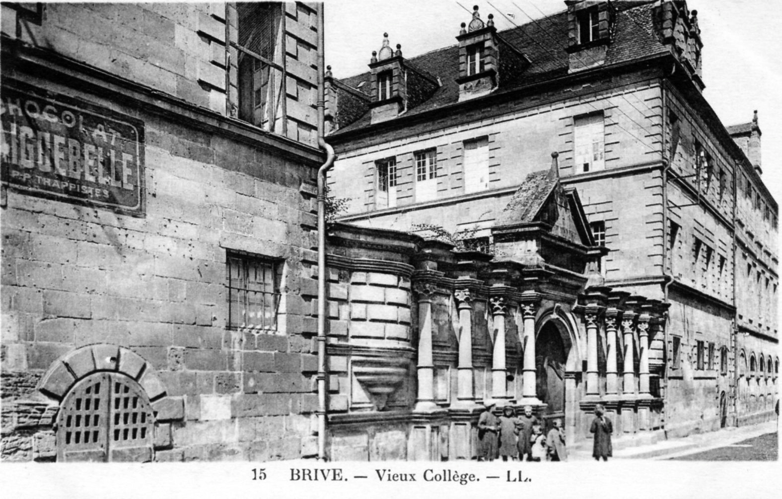 photo brive la gaillarde 19100 vieux coll ge vers 1920 carte postale ancienne brive. Black Bedroom Furniture Sets. Home Design Ideas