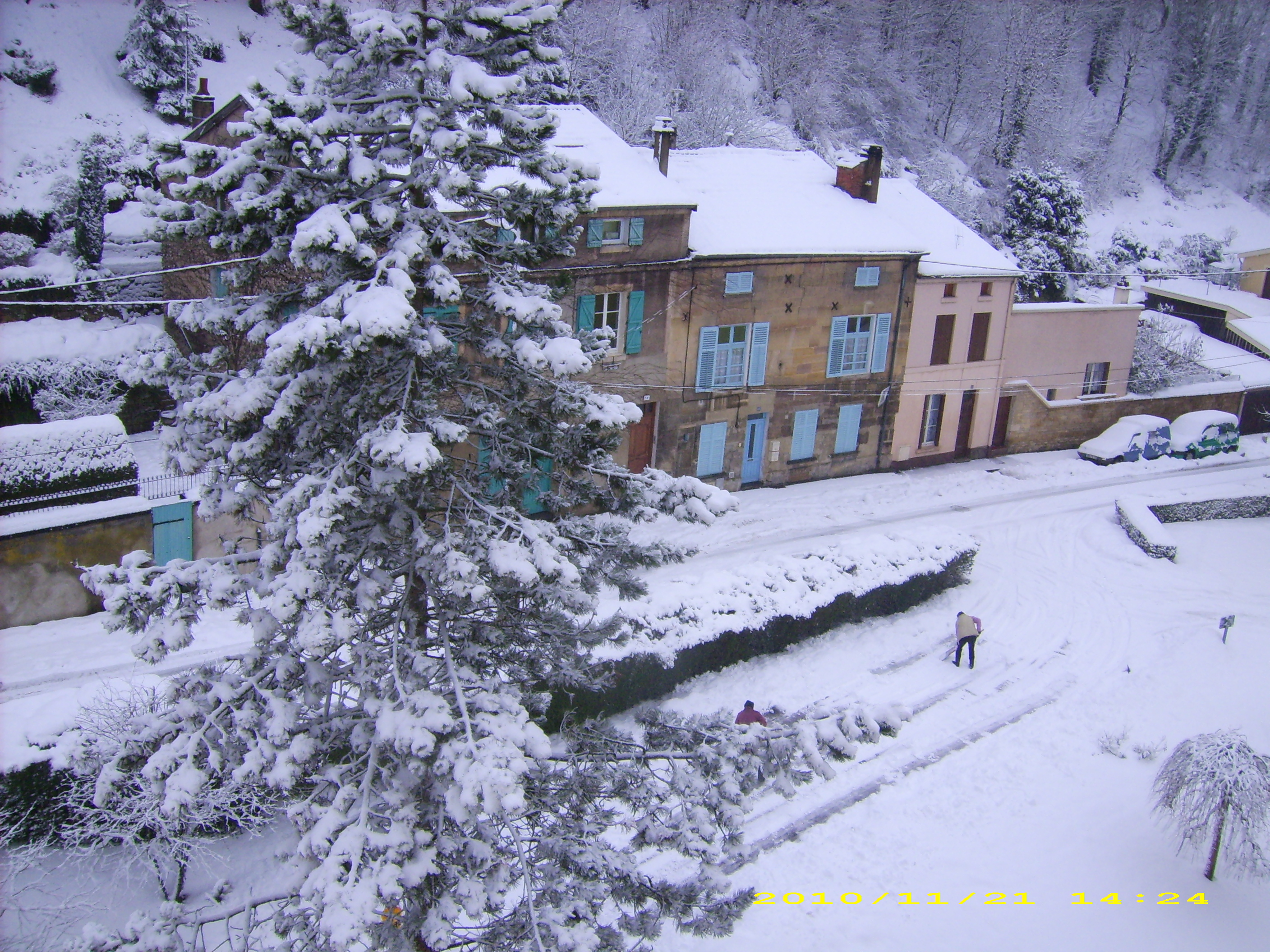 Photo bar le duc 55000 bar le duc sous la neige for Piscine bar le duc