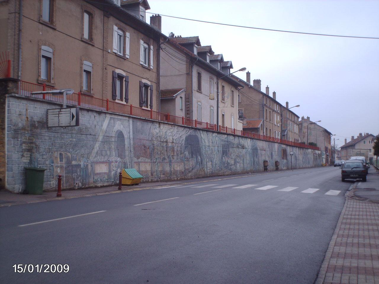 Algrange_27922_rue-Clemenceau-la-fresque
