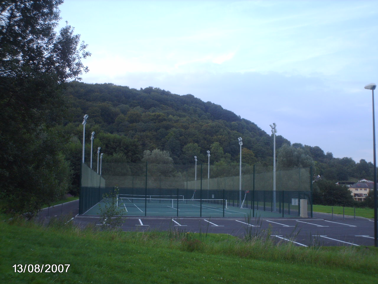 Photo rombas 57120 cr ation d 39 un nouveau court de for Prix d un court de tennis