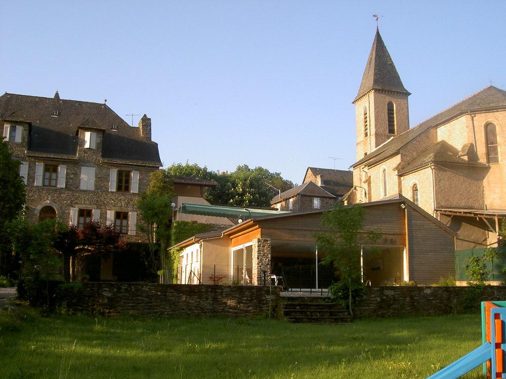 Photo curvalle 81250 h tel 9 chambres logis de for France logis immobilier