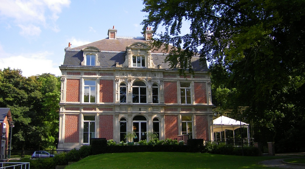http://www.communes.com/images/orig/nord-pas-de-calais/nord/templeuve_59242/Templeuve_18504_Mairie-chateau-Baratte.jpg