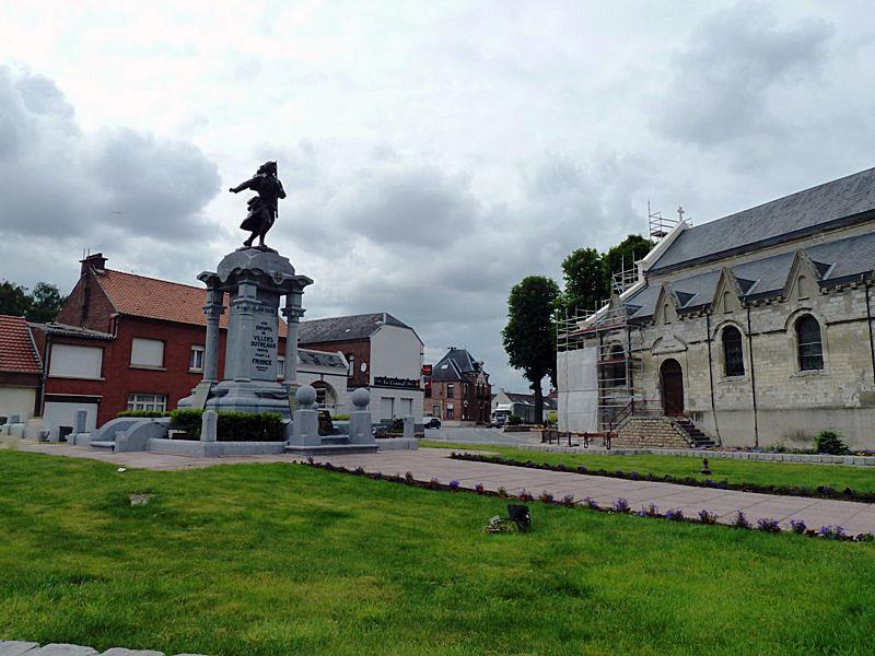 Photo Villers Outr Aux 59142 Le Monument Aux Morts