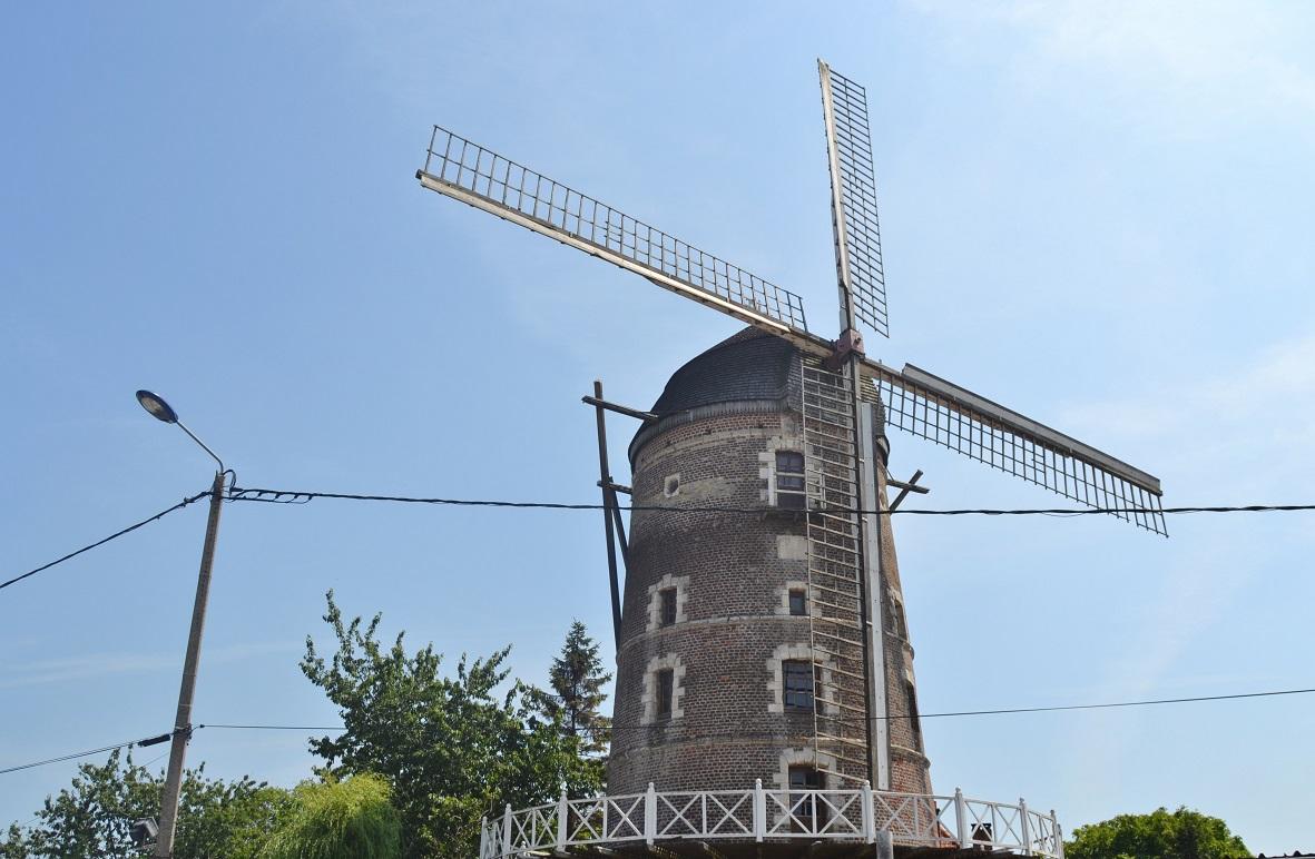 photo saint martin au la rt 62500 le moulin saint martin au la rt 210484. Black Bedroom Furniture Sets. Home Design Ideas