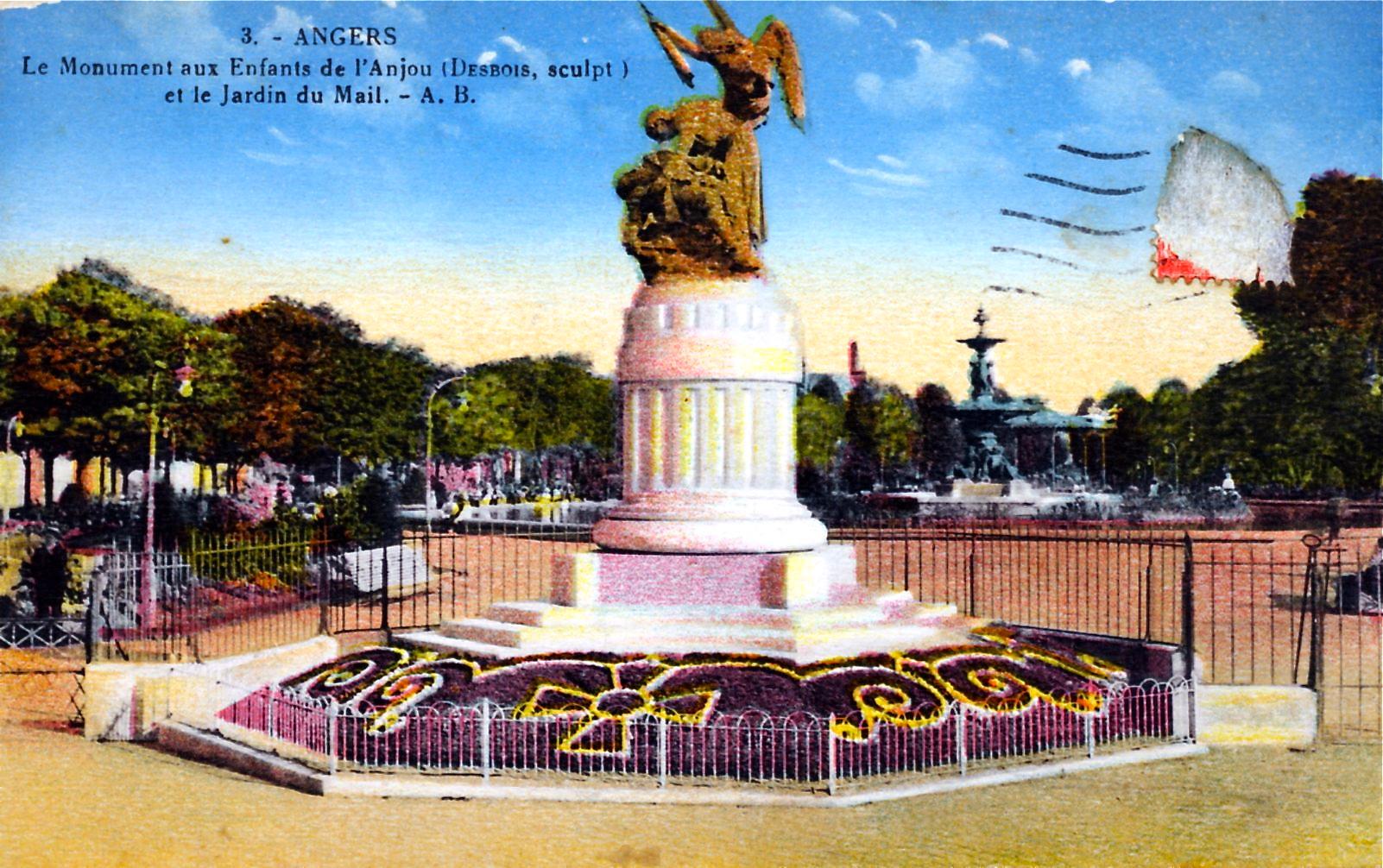 photo angers 49000 le monument aux enfants de l 39 anjou et le jardin du mail vers 1928. Black Bedroom Furniture Sets. Home Design Ideas