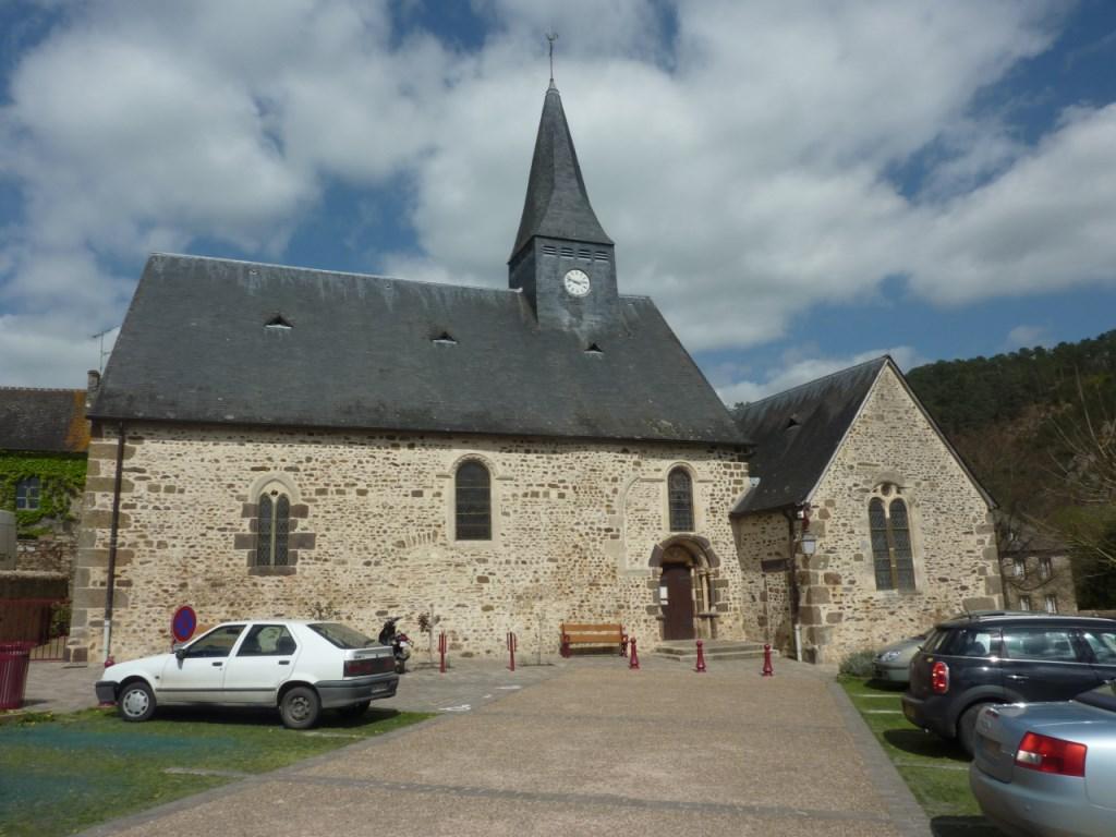 Photoà Saint Léonard des Bois (72590) Eglise st leonard IX et X u00e8me Saint Léonard des Bois  # St Léonard Des Bois