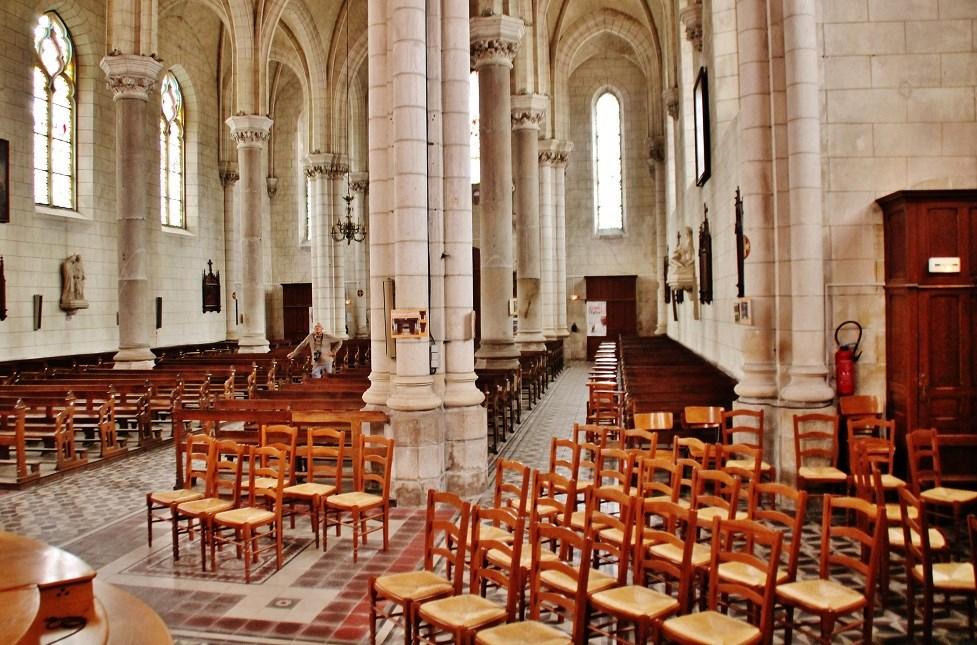 Photo à La Mothe-Achard (85150) : église Saint-Jacques - La Mothe-Achard,  295866 Communes.com