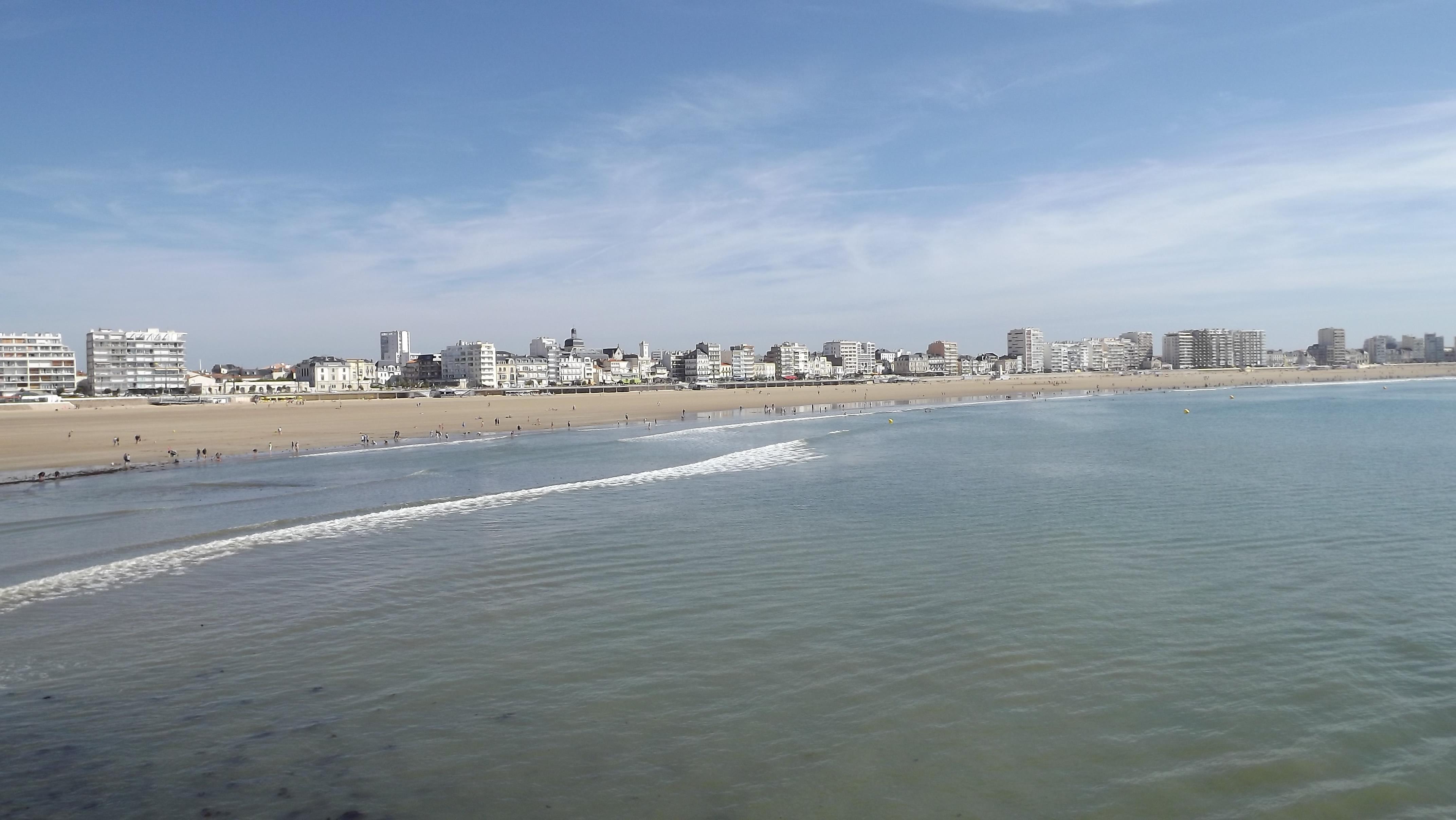 photo les sables d 39 olonne 85100 la plage les sables d 39 olonne 152753. Black Bedroom Furniture Sets. Home Design Ideas