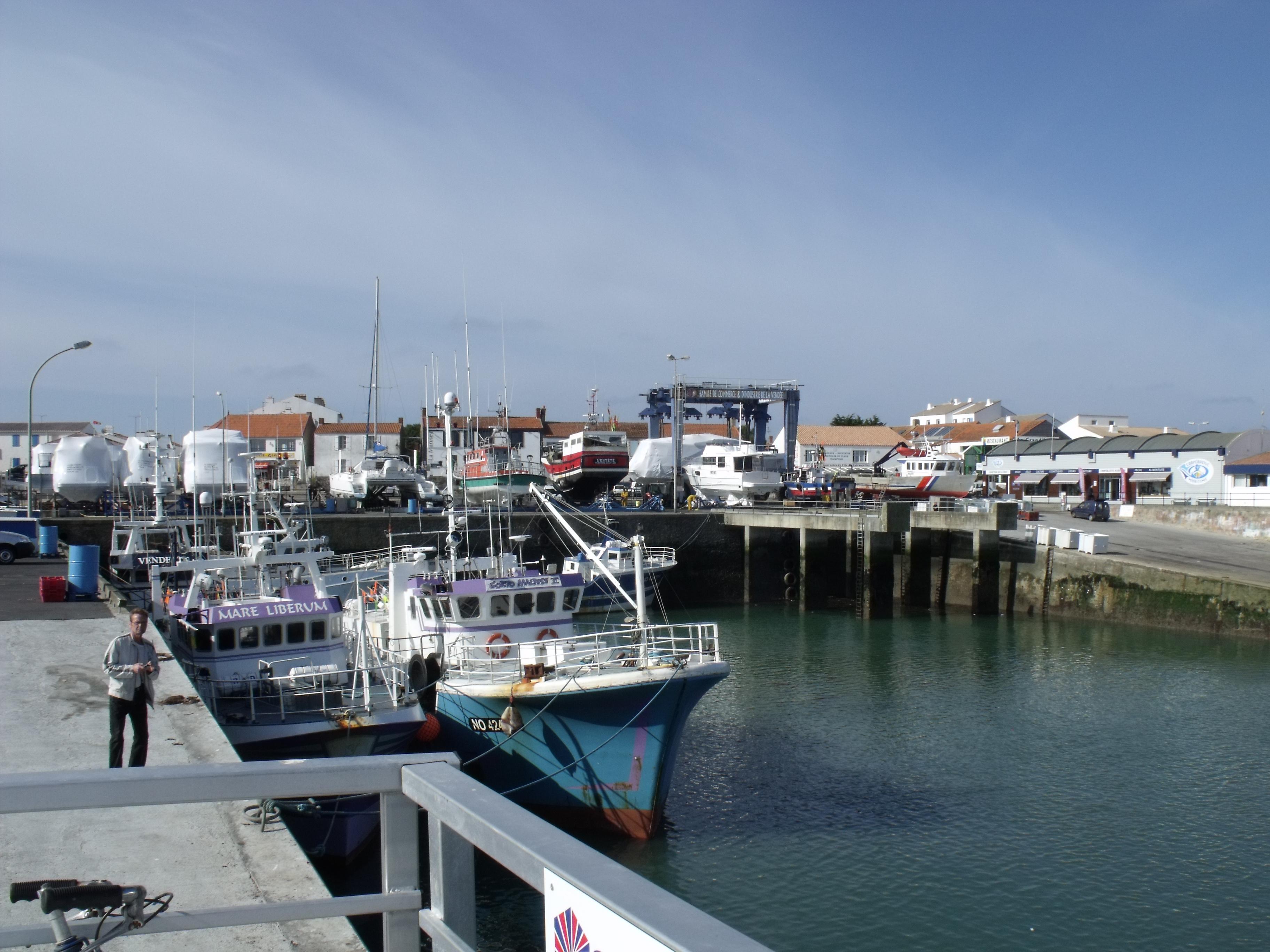 Photo noirmoutier en l 39 le 85330 le port de l - Office de tourisme noirmoutier en l ile vendee ...