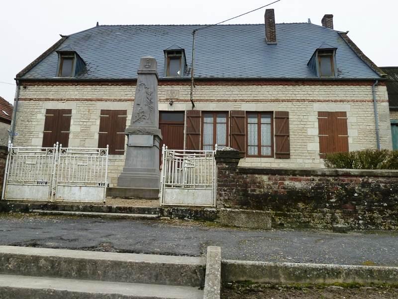 Photo la ville aux bois l s dizy 02340 la mairie - La biche aux bois yerres ...