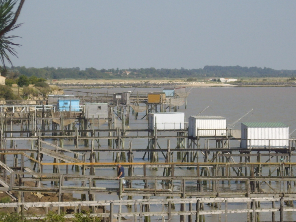 Photo port des barques 17730 avant la tempete port - Hotel port des barques charente maritime ...