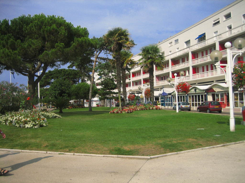 Photo royan 17200 front de mer royan 40629 - Office du tourisme de royan charente maritime ...