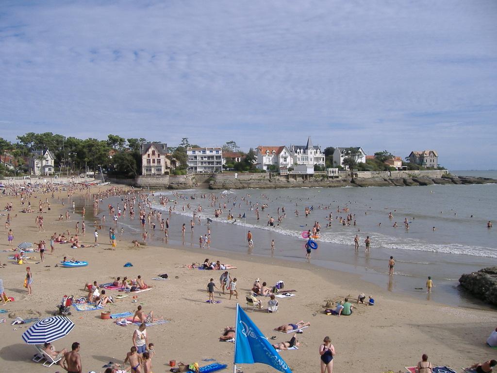 Saint-Palais-sur-Mer France  City pictures : Saint Palais sur Mer 431 plage de st palais et belles maisons