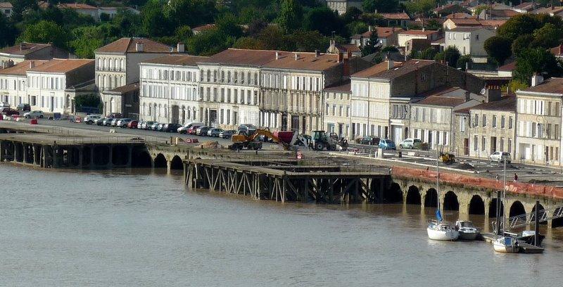 Photo tonnay charente 17430 le port tonnay - Piscine de tonnay charente ...