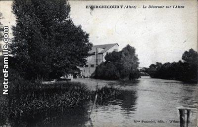 Photos et cartes postales anciennes de vergnicourt 02190 for Restaurant le jardin 02190 neufchatel sur aisne