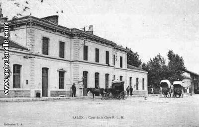 Photos et cartes postales anciennes de salon de provence for Gare routiere salon de provence