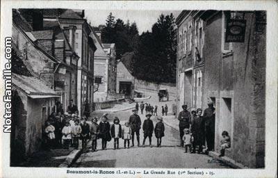 Photos et cartes postales anciennes de beaumont la ronce for Garage beaumont la ronce