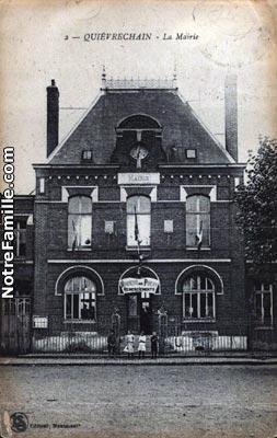 Photos et cartes postales anciennes de qui vrechain 59920 for Piscine de quievrechain