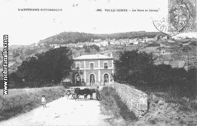 Photos et cartes postales anciennes de vic le comte 63270 for Piscine vic le comte