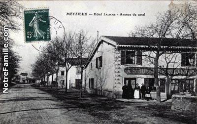 Photos et cartes postales anciennes de meyzieu 69330 - Piscine les vagues a meyzieu ...