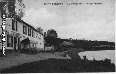 photos et cartes postales anciennes de saint fargeau ponthierry 77310. Black Bedroom Furniture Sets. Home Design Ideas