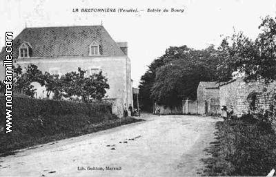 La bretonni re la claye 85320 vend e la ville la for Piscine la bretonniere