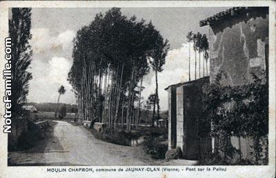 Photos et cartes postales anciennes de jaunay clan 86130 for 256 st georges terrace