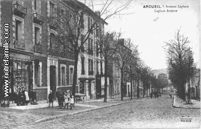 Avenue Laplace