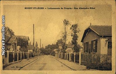photos et cartes postales anciennes de boissy saint l ger 94470. Black Bedroom Furniture Sets. Home Design Ideas
